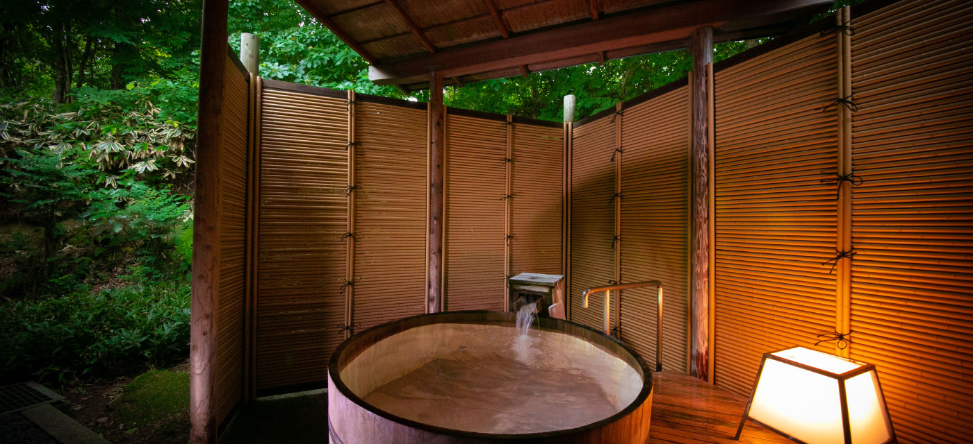 15帖一間+ 露天風呂付客室